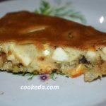 Заливний пиріг з яйцем і грибами