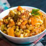Овочеве рагу з кабачками, кукурудзою і перцем