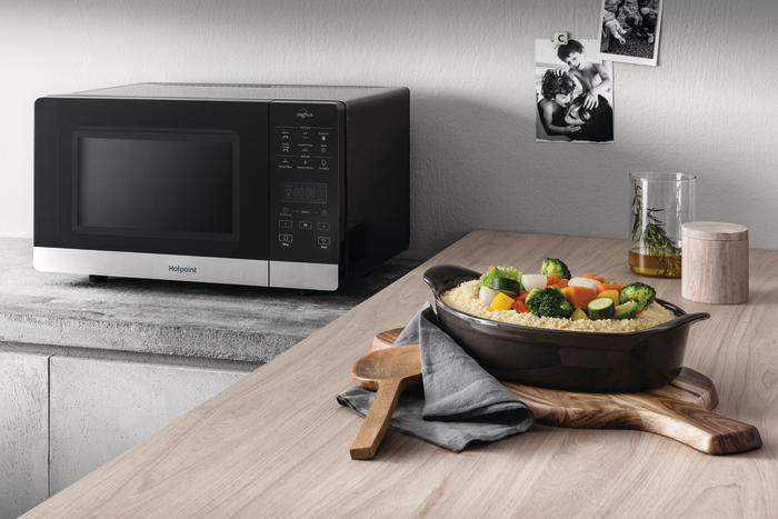 піч Hotpoint Chef Plus